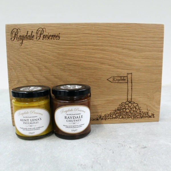 Raydale Cheese Board Gift Pack